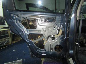 Шумоизоляция двери Nissan X Trail StopShum