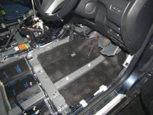 Шумоизоляция пола Nissan X Trail StopShum