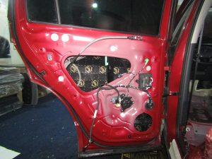 Шумоизоляция двери Volkswagen Tiguan II StopShum