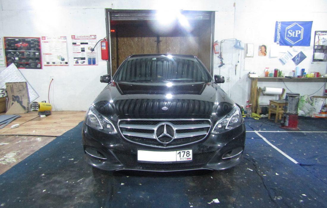 Mercedes Benz E300 W212