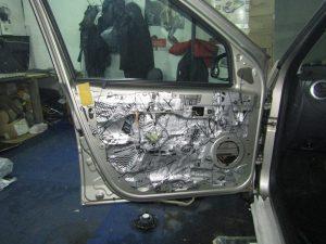 Шумоизоляция двери Lada Largus StopShum