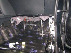 Шумоизоляция Toyota Fortuner StopShum