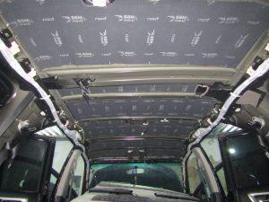 Шумоизоляция крыши Toyota Fortuner StopShum