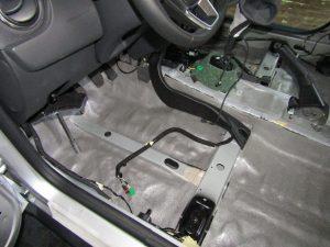 Шумоизоляция пола Renault Duster StopShum