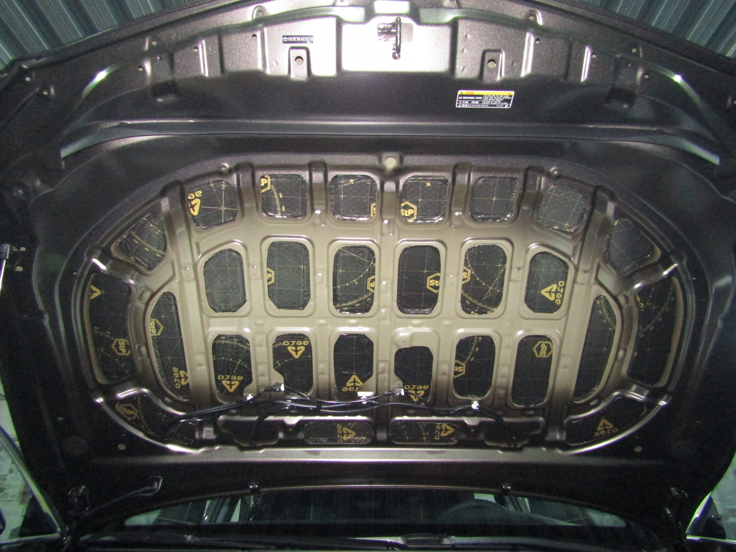 Шумоизоляция Toyota camry V70 Stopshum