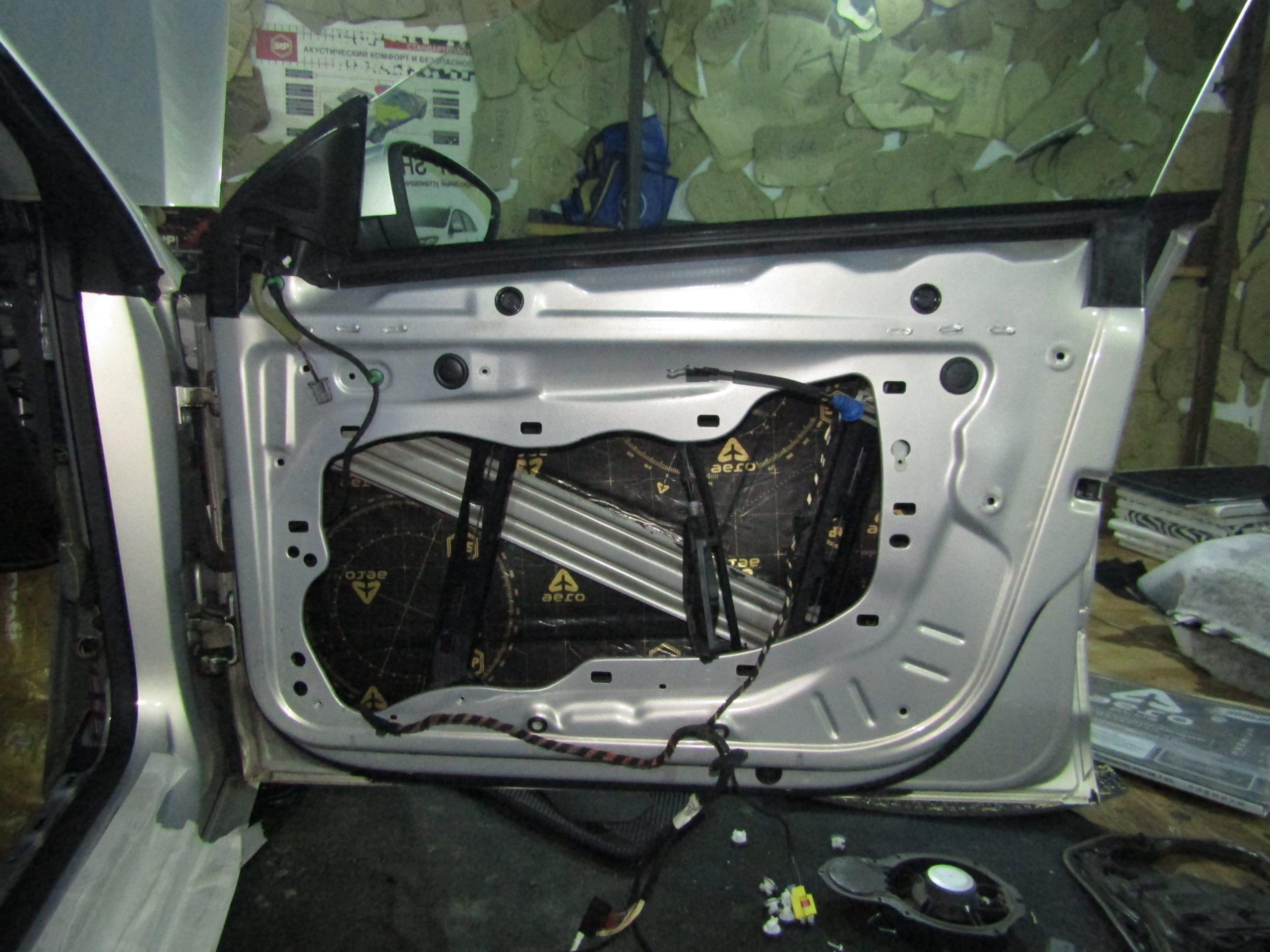 Шумоизоляция Volkswagen Passat CC Stopshum