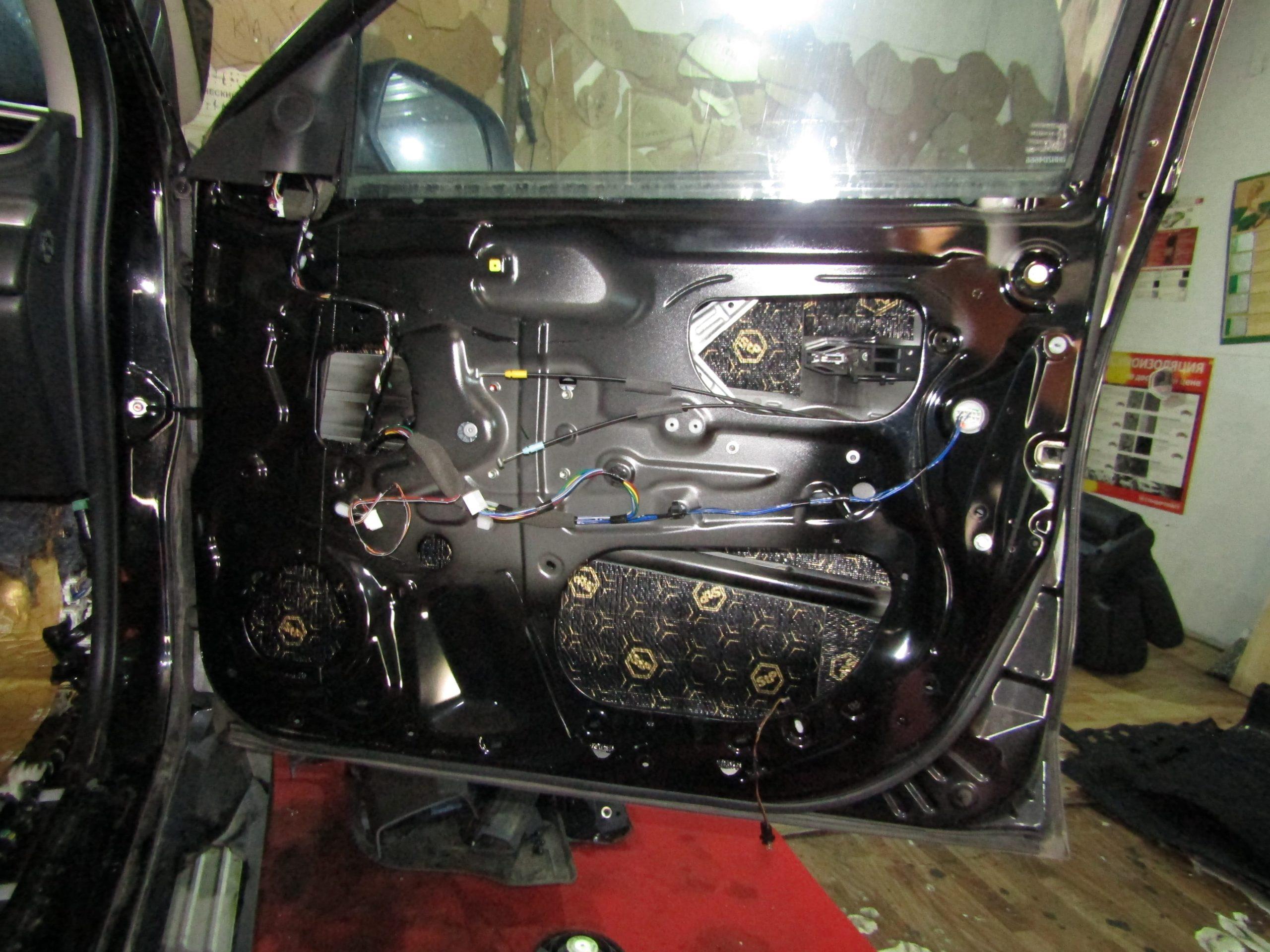 Шумоизоляция Mitsubishi Pajero Sport Stopshum