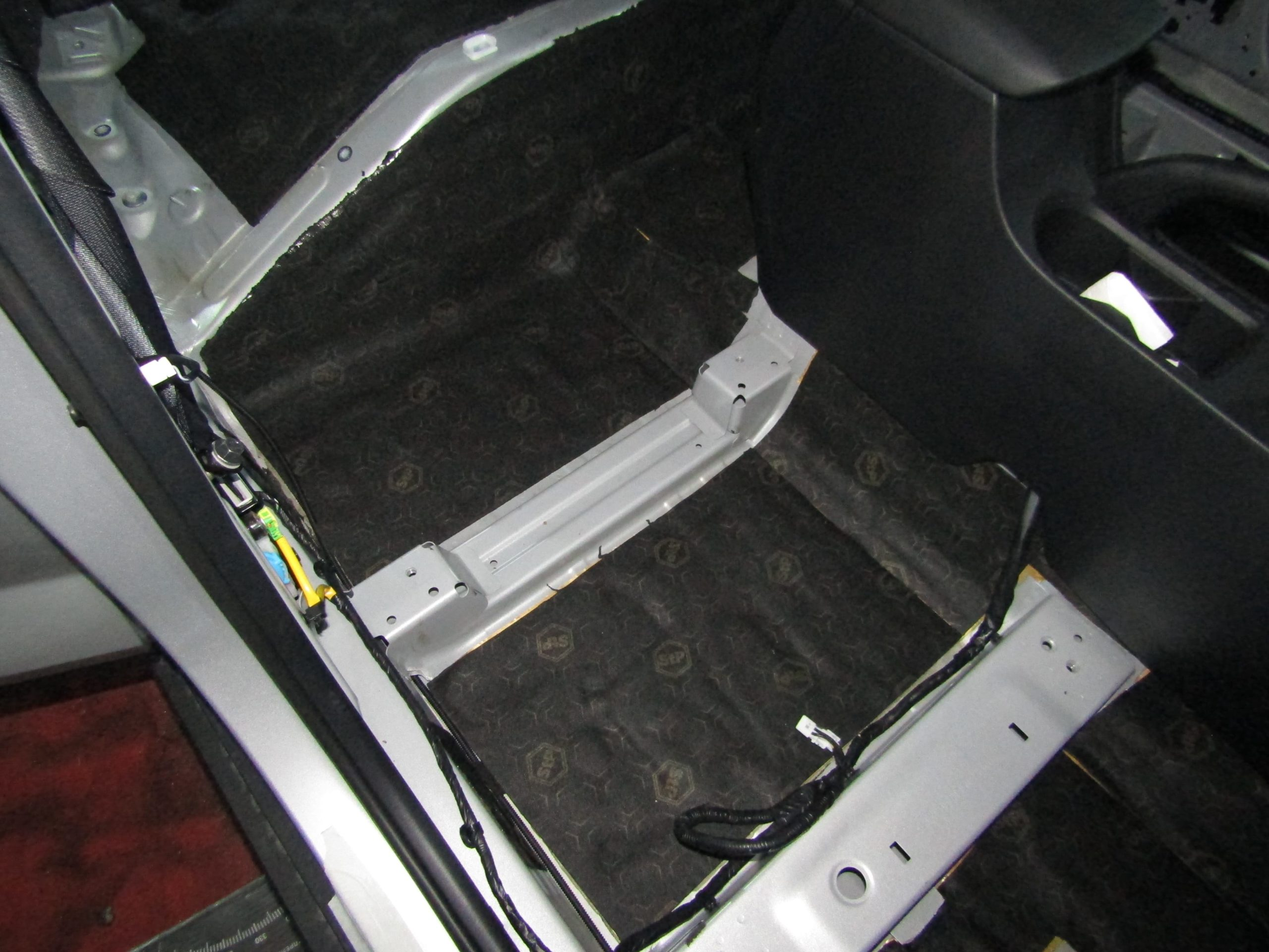 Шумоизоляция Hyundai Creta Stopshum